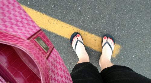 Purse-and-toes