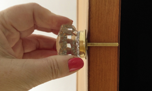 Short-knob